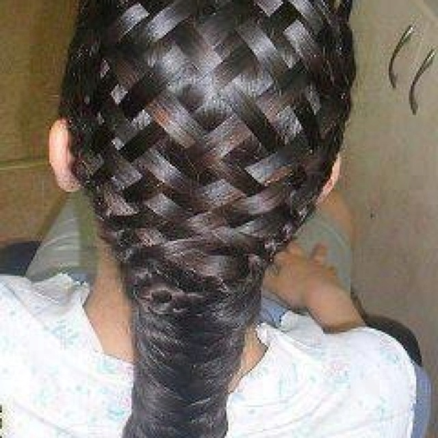 How Long Does It Take To Weave A Basket : Basket weave hairstyle wish i knew how to do this