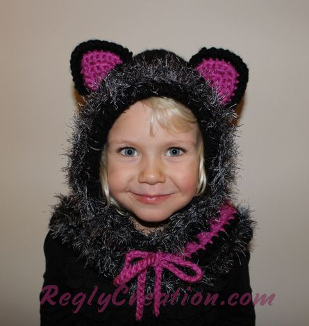 Kitty Cat Cowl - www.ReglyCreation.com