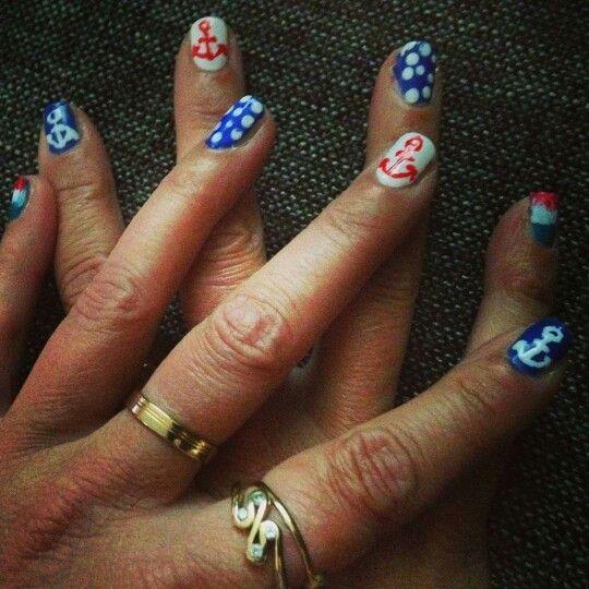 Nautische nagels voor de sail #nailart #nagellak