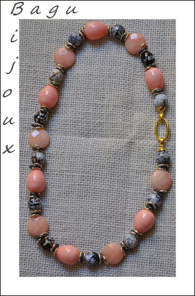 Collana corta con perle barocche, agata striata, giada  e catena dorata e nera, by Bagu Bijoux, 35,00 € su misshobby.com