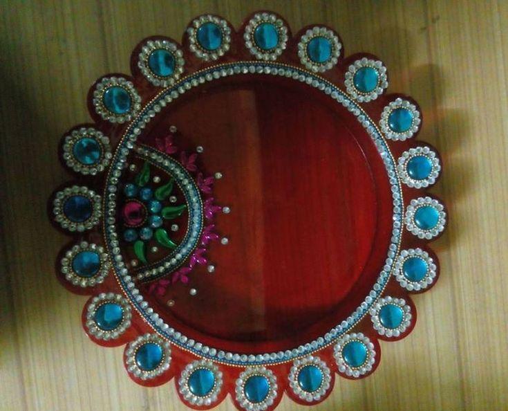 17 best images about pooja ki thali and aarti ki thali on for Aarti thali decoration with kundan