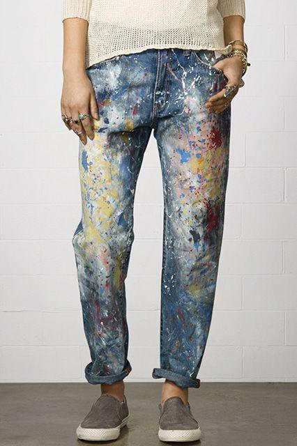 #DIY #Inspiration Customisez votre jean avec les peintures #Setacolor de #Pébéo pour un look d'artiste !