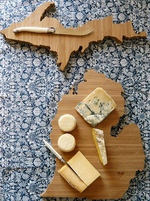 MI cutting boardCutting Boards, Omichigan Food, Michigan Cheeseboard, Michigan Stuff, Michigan Plyboo, Boards Michigan, Kitchens Gadgets, Michigan Cut Boards, Cheese Boards