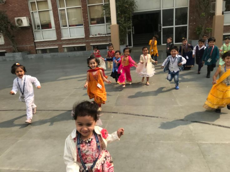 The the Festival of Lights – Diwali,  was celebrated at Khaitan Public School, by the Pre-Primary Wing. The whole wing wore a festive look with diyas and lanterns adorning the corridors in bright colours. #school #education #edtech #kps #students #diwali #diwalicelebrations