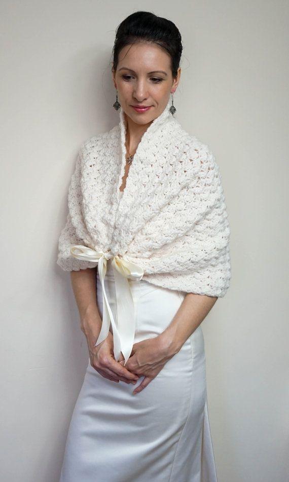 The 25+ best Wedding shawls ideas on Pinterest | Winter ...
