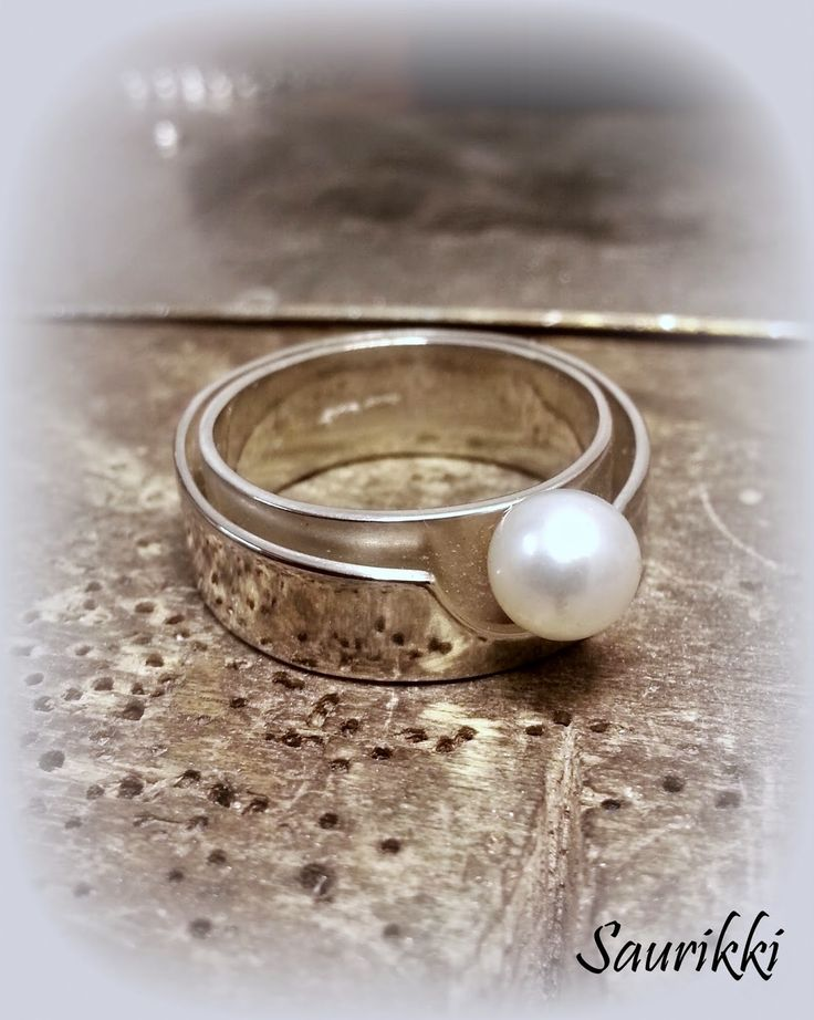 Silverring with a sweetwater pearl