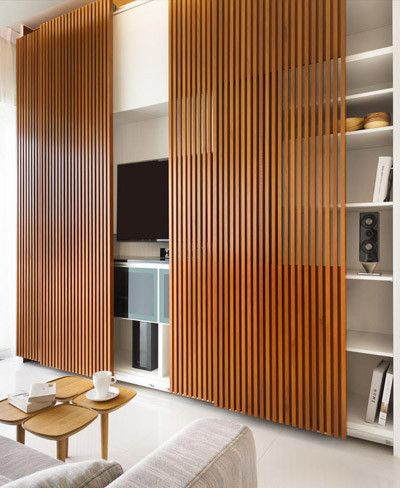 Wooden wall curtain