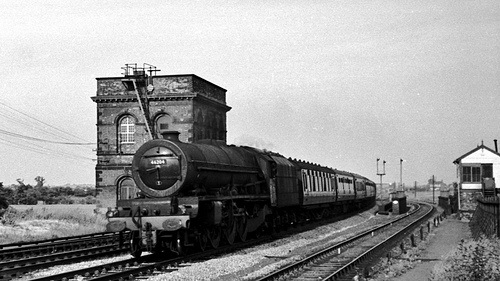 46204: LMS Princess Royal class 4-6-2 No. 46204 'Princess Louise' on a northbound passenger at Tamworth Low Level. Photo by Biffo1944 (Roger Smith)