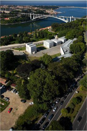 Faculdade de Arquitectura da Universidade do Porto 1986, Porto (PT) – Álvaro Siza Vieira