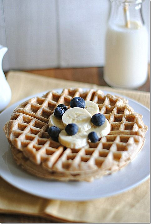 Low fat whole wheat waffles