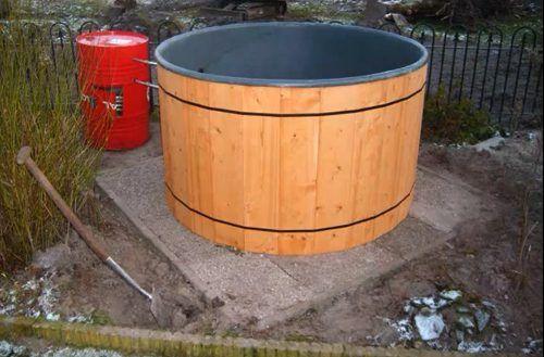 """Hot tub in je tuin - simpele doe-het-zelf-jacuzzi bouwen     """"ZOU DA NI LEUK ZIJN VOOR OP ONS TERRAS :-)"""""""