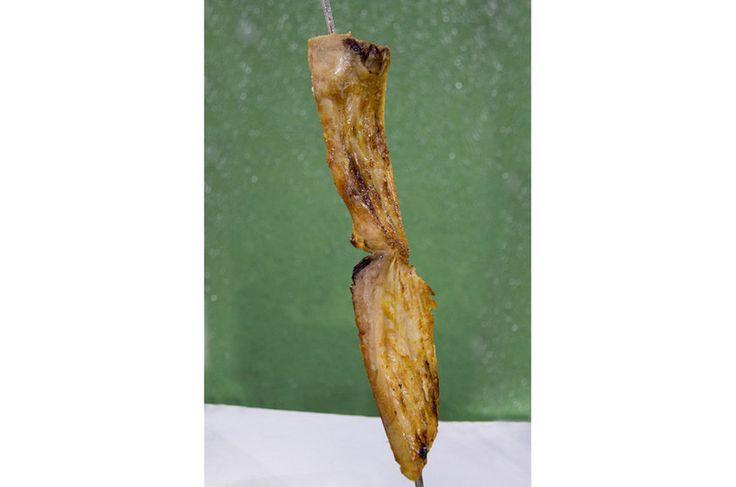 Delícia da Amazônia - costela de tambaqui na brasa