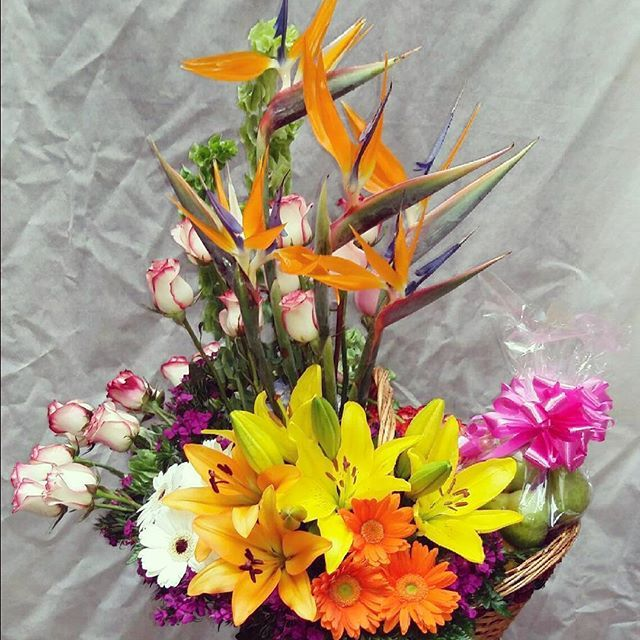 florista julian ortiz luxury flowers pereira 3138771540