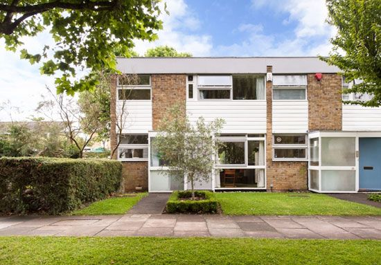 Extended 1960s Eric Lyons-designed Span House on the Cator Estate, Blackheath, London SW3