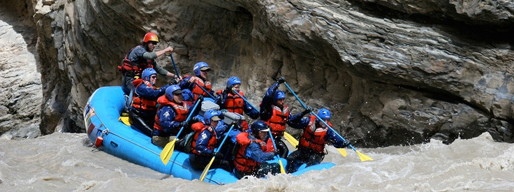 Whitewater Rafting - The best white water rafting worldwide - www.waterbynature.com