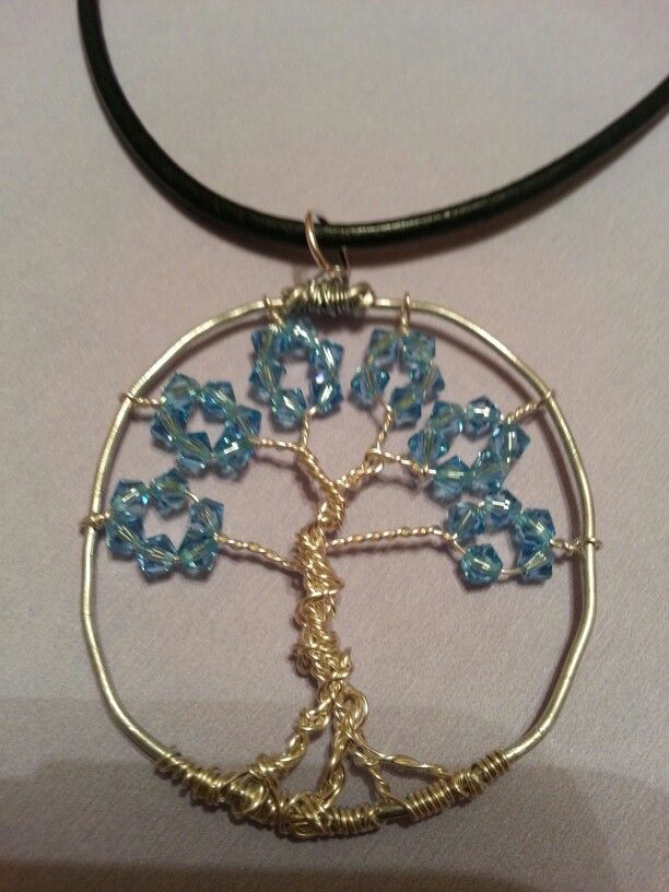 Tree of Life @ www.lisacrystalcreations.etsy.com