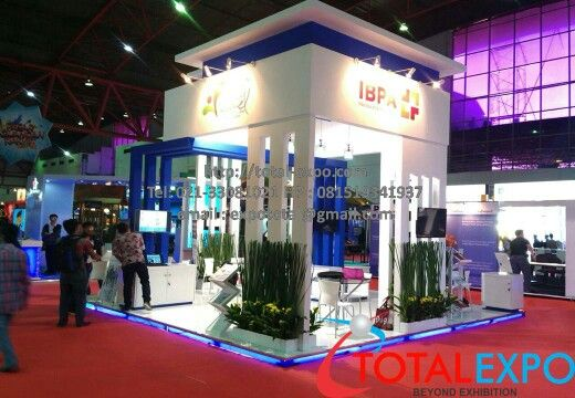 Stand Booth