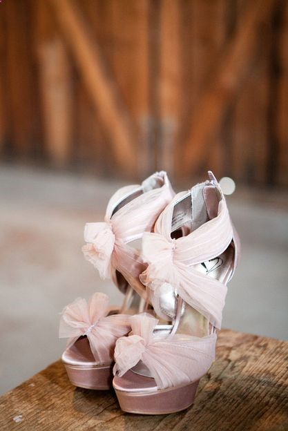 Bridal shoes in blush by Steve Madden. Were in love! /// Angela  Evan Photography Photo via Project Wedding