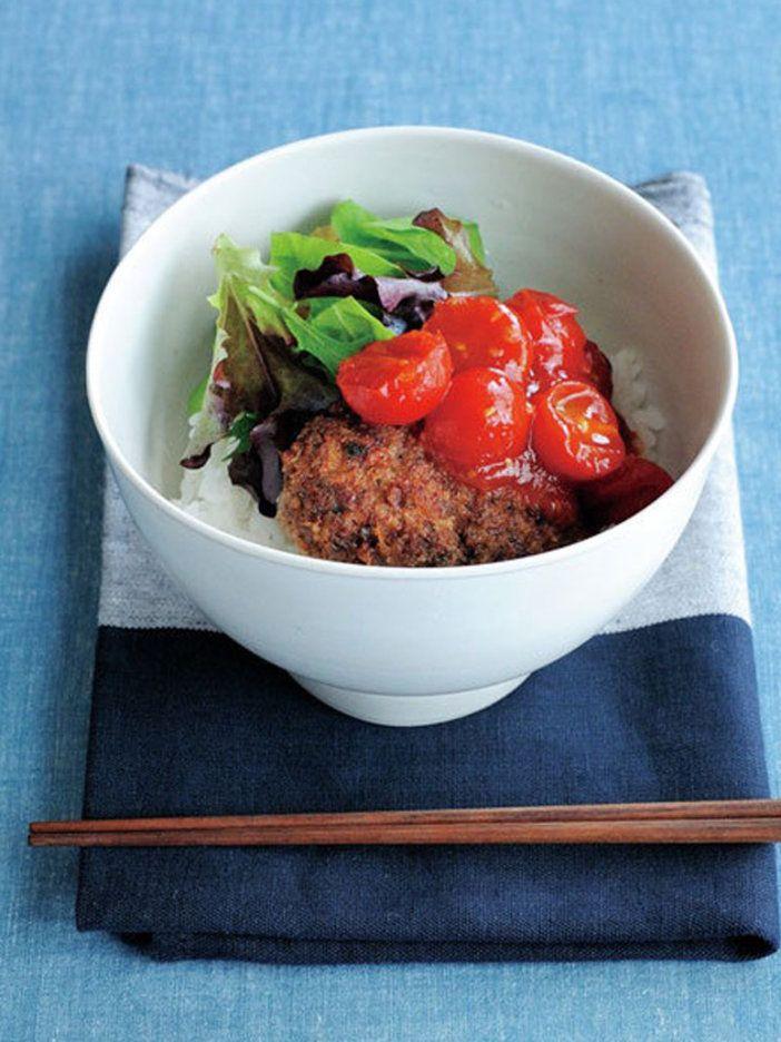 ハンバーグ=こねるもの、という常識を覆す革命的レシピ!? ほろほろとくずれる肉感がたまらない。 『ELLE a table』はおしゃれで簡単なレシピが満載!