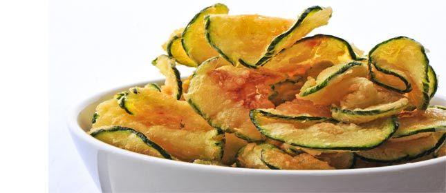 Chips de calabacín y parmesano - Cocina y Vino