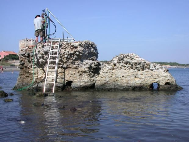 Mystery of 2,000-year-old Roman concrete solved by scientists | The Independent