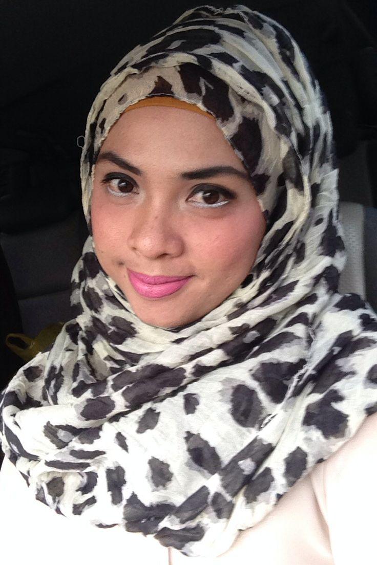 Hijab motif leopard hijab motif bulu kucing