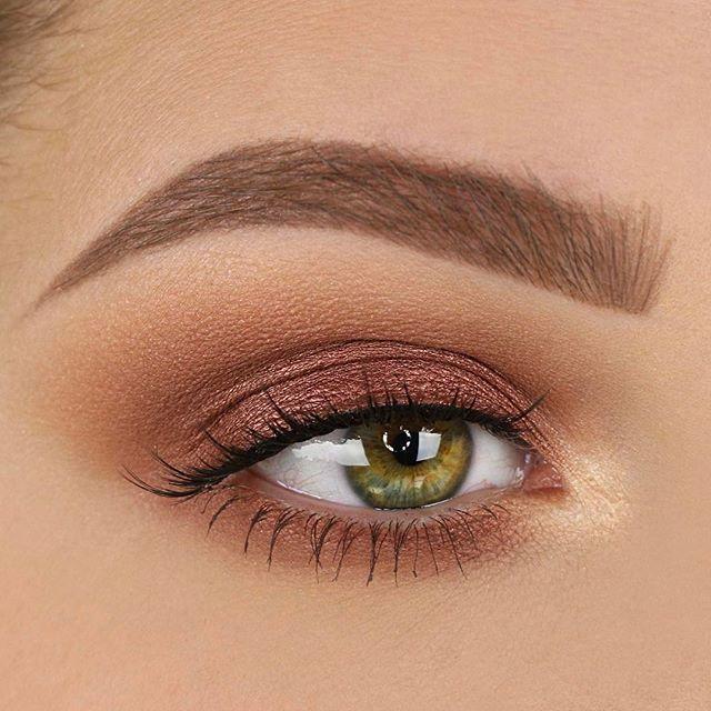 Natural tan eyeshadow