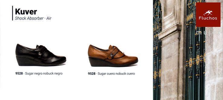 Zapatos Fluchos Mujer modelo Kuver con cuña en negro y camel