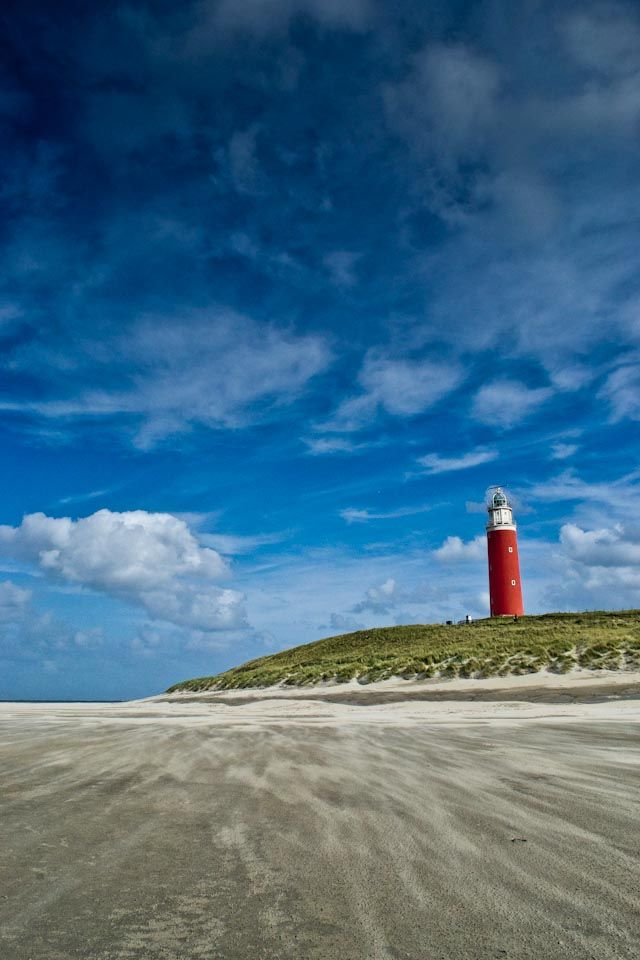 The island Texel; windy beach | repinned by www.texelbier.de
