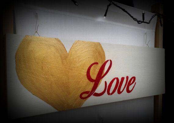 San Valentino si avvicina...ecco un regalo originale e artigianale...creato da me...su Etsy https://www.etsy.com/it/listing/264810759/home-decor-love-handmade