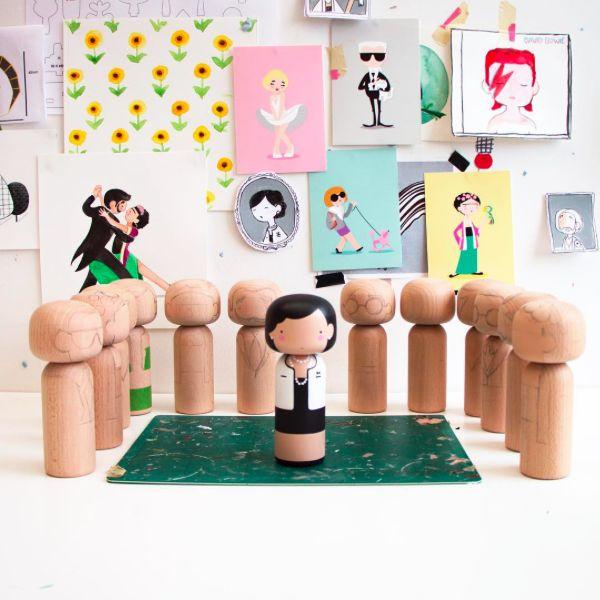 De designer houten poppen van Lucie Kaas een echte wannehave voor de fashionista onder ons.