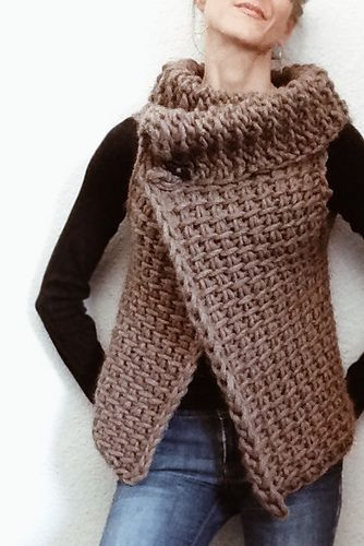 This is a great piece to start with if you've never worked in Tunisian crochet. A very easy vest pattern without any shaping.