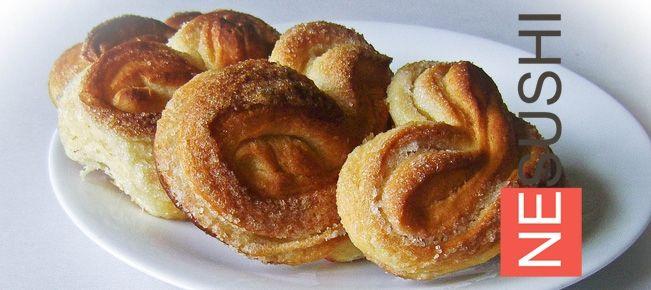Плюшки с сахаром ===================== Составьте компанию Карлсону — угощаемся вкусными сдобными дрожжевыми плюшками с сахаром собственного приготовления :-)
