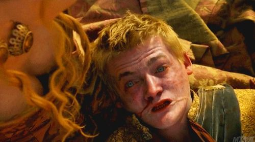 When you're so happy that Joffrey died you don't even notice Cersei's cleavage... - www.viralpx.com