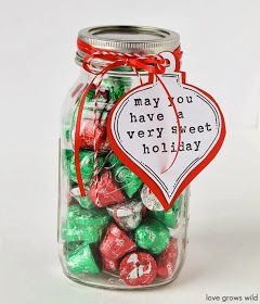 Creative Party Ideas by Cheryl: Fast and Easy Gift in a Jar