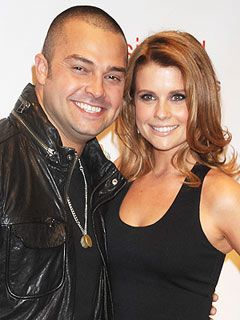 Nick and JoAnna Garcia Swisher Expecting First Child