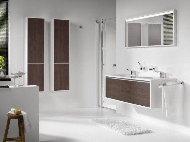 je je badkamer graag licht, ruimtelijk en toch ook warm wilt inrichten ...