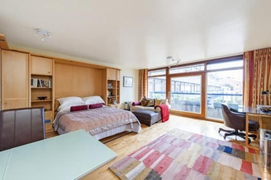 Studio flat John Trundle Court Barbican London EC2Y £500,000(£12,821 per square metre) A studio flat, 39 square metres in size, with no original features for sale at half a million pounds. View the listing here.