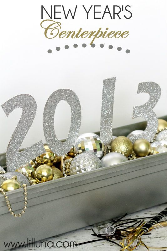 New Years Centerpiece on { lilluna.com }
