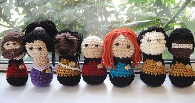 """Star Trek: The Next Generation"" Crocheted Enterprise CrewGeek, Trek Tng, Yarns Crafts, Crochet Dolls, Stars Trek, Startrek, Crochet Stars, Amigurumi, Star Trek"