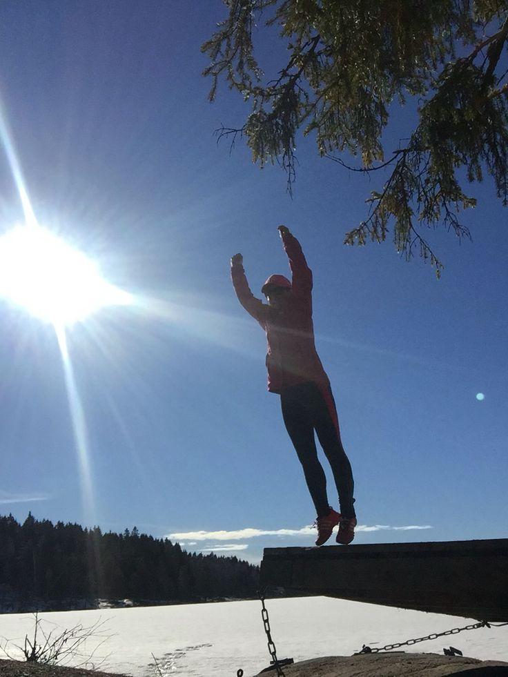 Jumping in Oslo - Sognsvann