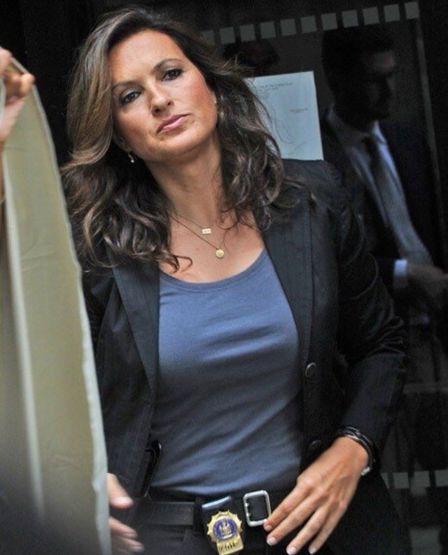 olivia benson i hope you love svu cause you are  wonderful at it                         …