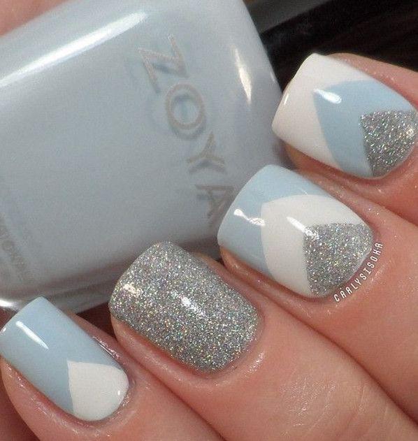 Uñas azul,blanco,gris