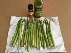Easy meal prepping for the whole week. Love this tasty asparagus idea!