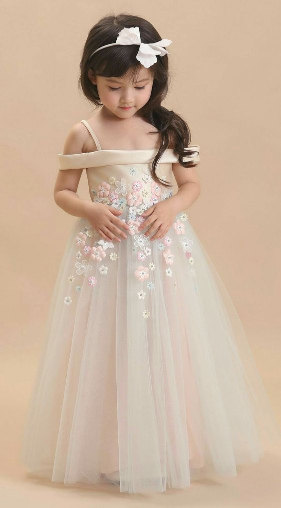 dd45e67a5 Cute little girl in flower girl dress. | White dress | little girl | Floral  pattern | Flower girl | Wedding seasonal bliss | #flowergirl #wedding ...