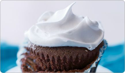 Comfort Food: Healthy Chocolate Cupcakes with Marshmallow Frosting: Cupcakes Marshmallows, Chocolate Cupcakes, Healthy Chocolates Cupcakes, Marshmallows Frostings, Healthy Recipe, Shape Magazines, Cupcakes Rosa-Choqu, Comfort Foods, Comforters Food