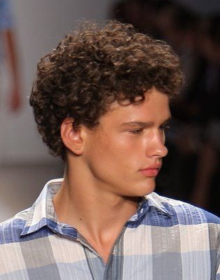 Short Hair Styles and Men's Curly short men's hairstyles with big curls