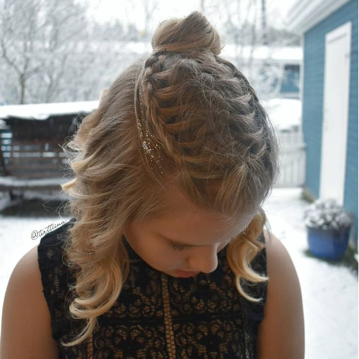 Braids & Hair by @terttiina Instagram: Feathered french braid with two french lacebraids into a messy bun and some glitter