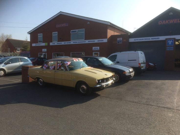 Happy St. George's Day from Oakwell Garages Leyland. With a classic Rover P6 3500 from 1975.