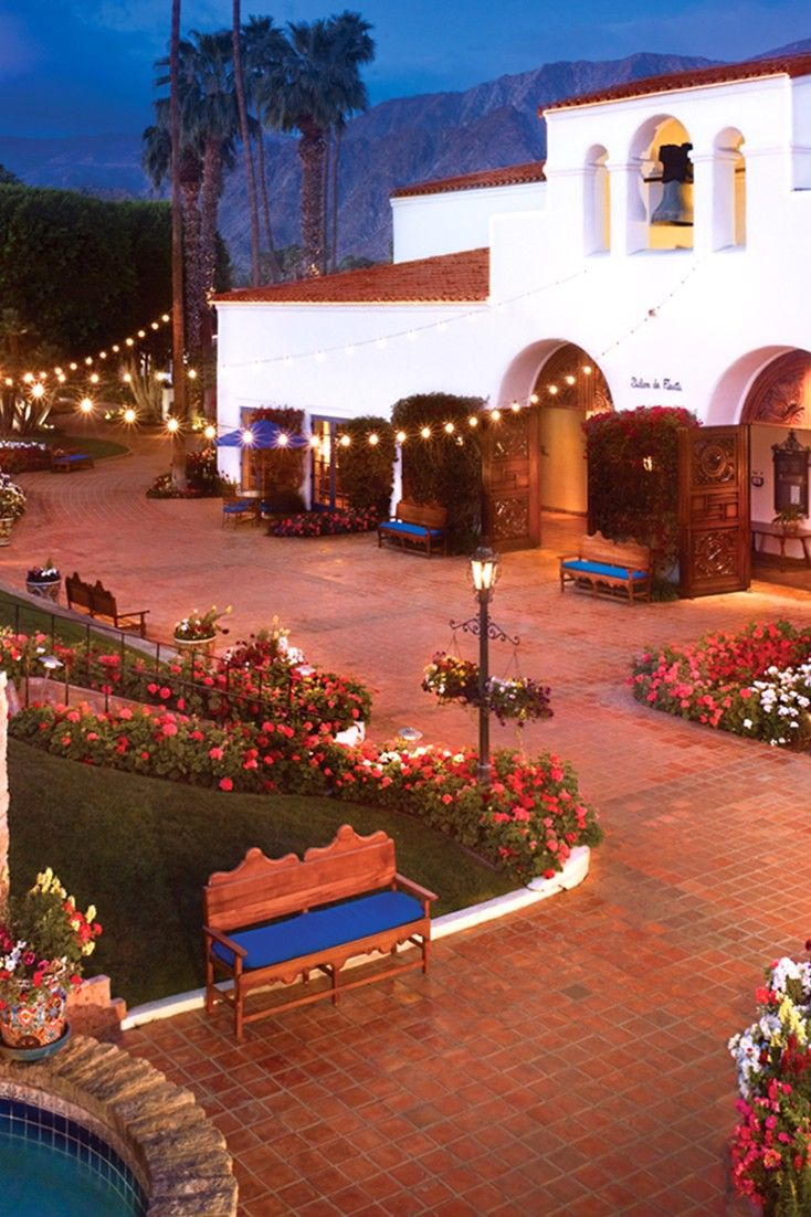The sprawling La Quinta Resort & Club dates back to 1926 and has 796 elegant guestrooms. #Jetsetter La Quinta Resort Club, A Waldorf Astoria Resort (La Quinta, California)